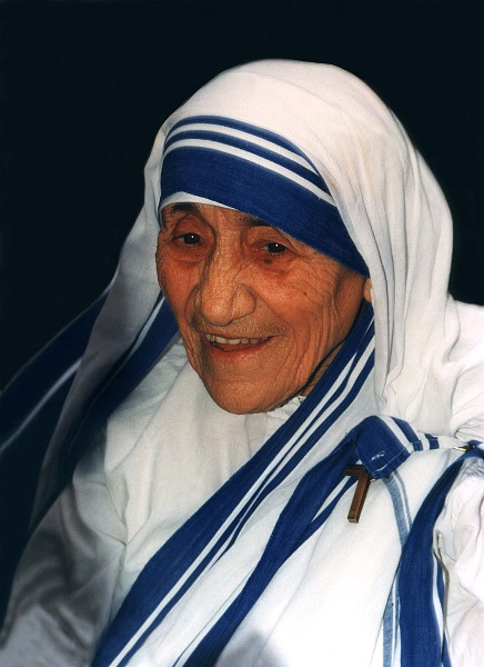 800px-Mother_Teresa_1