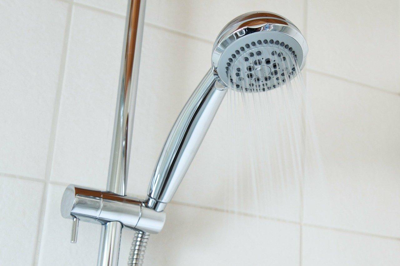 bath-2192_1280 PublicDomainPictures